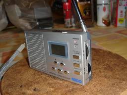 20070109_AndoRadio.jpg